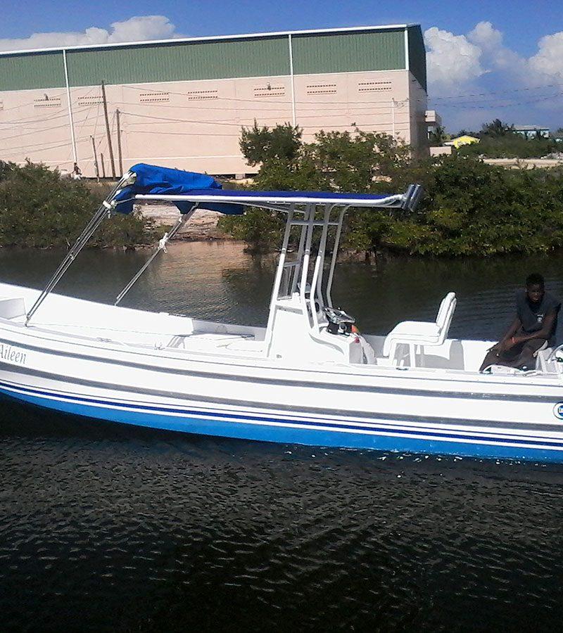 LUNA 25ft Boat Limited