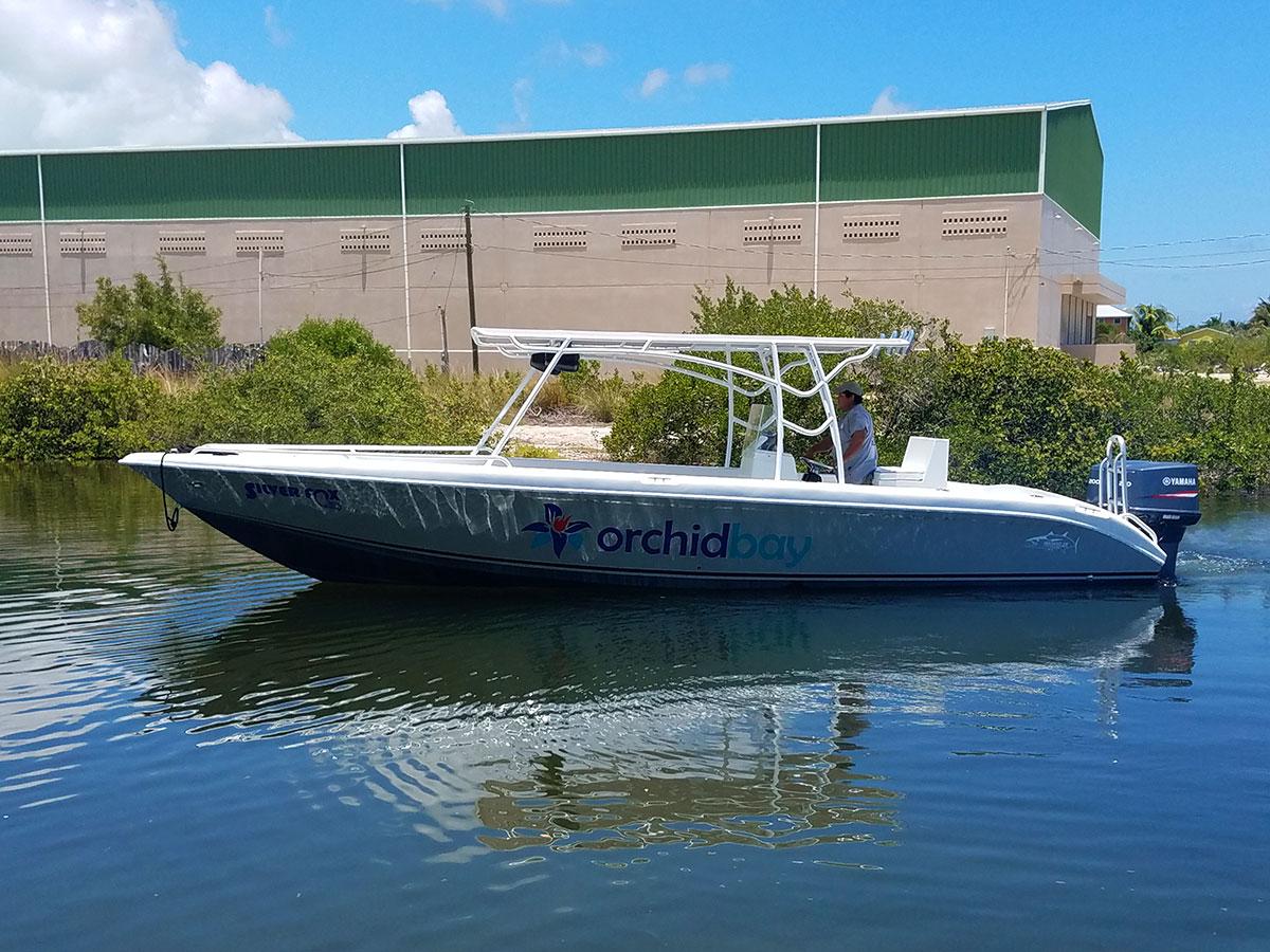 captain-sharks-wahoo-28-orchid-bay-boat-01