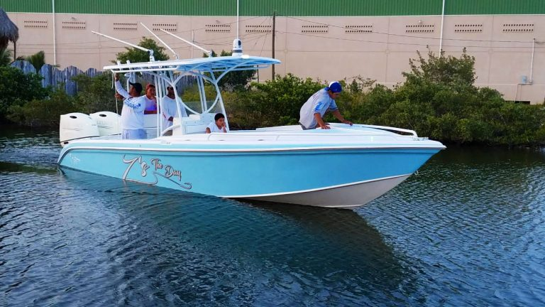 Wahoo 28ft Boat, Z's The Day, Captain Sharks Boatyard