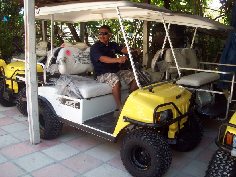 Carts Belize – 5 New 2014 XRT850 Vehicles