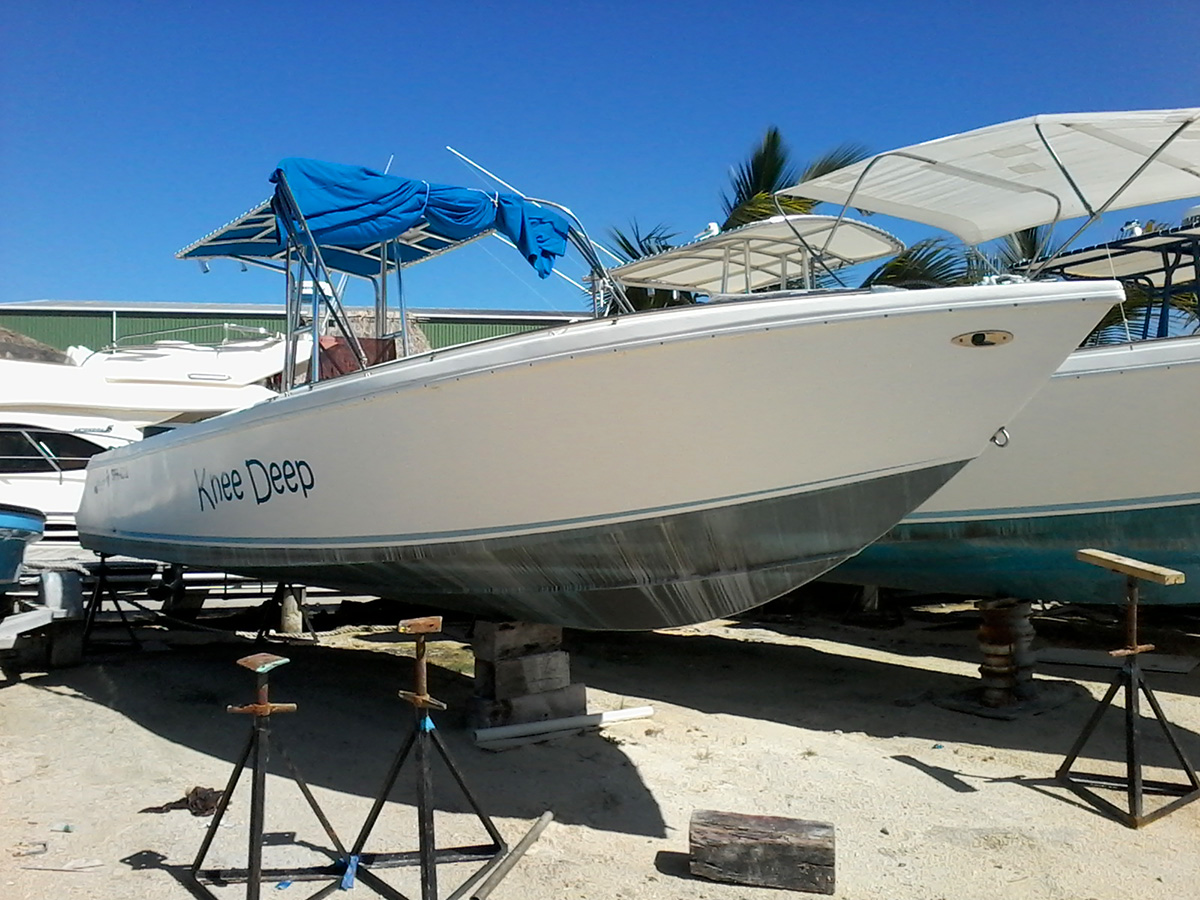 Used Knee Deep 28ft Tiburon Boat