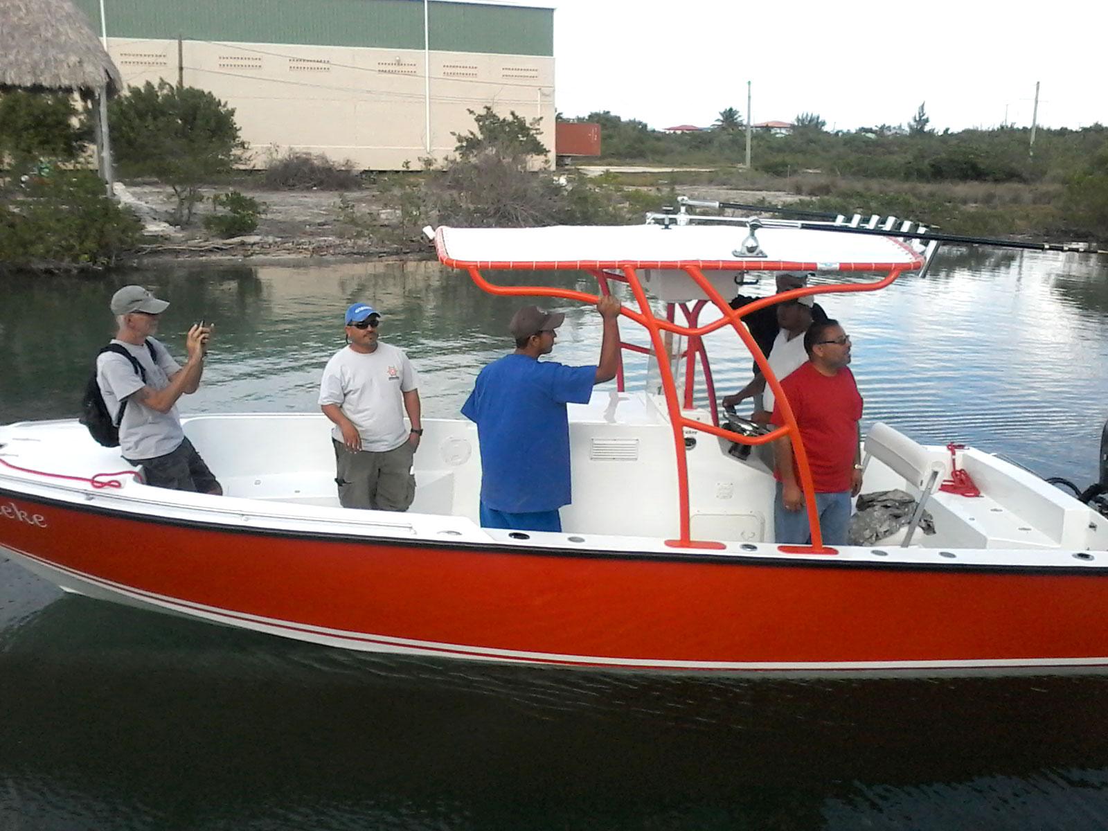 Roger's New Tiburon 25