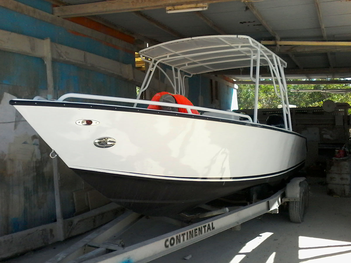 Alex's New 25ft Tiburon Boat